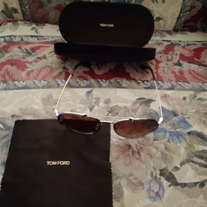 TOM FORD DICKON TF527 28F